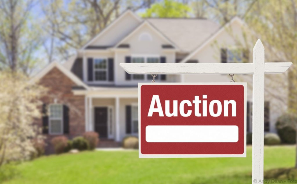 The Ethics of Buyer's Agents and Auctions 2.jpgThe Ethics of Buyer's Agents and Auctions